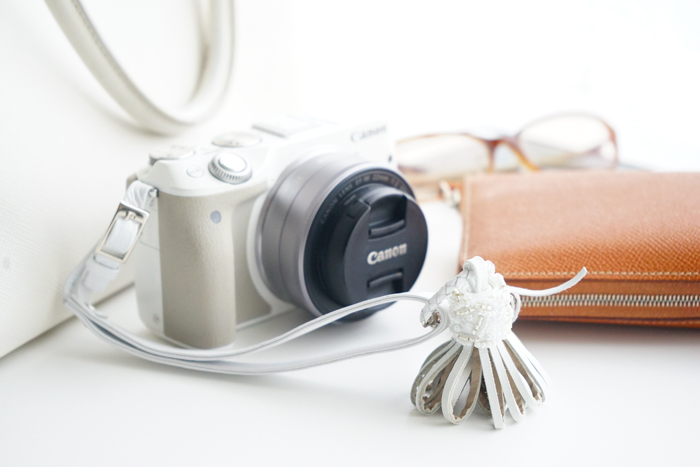 受付終了【冬のイベント講座】レザービーズ刺繍タッセルでカメラストラップ作成講座